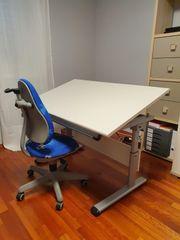 Schreibtisch und Stuhl von Paidi