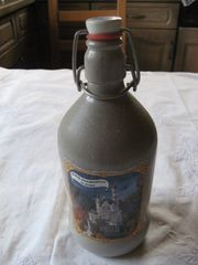 Steingut Bierflasche mit Bügelverschluss - Schloss