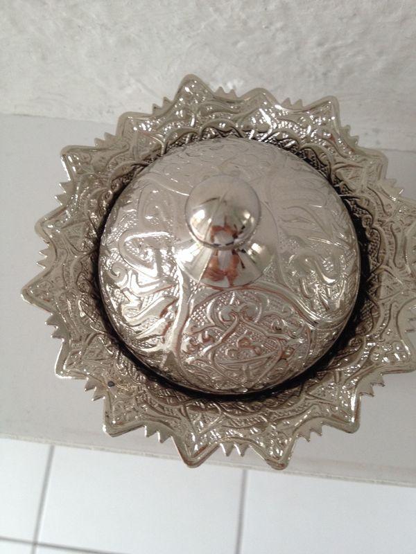 Silber- Farbene Dose für Zucker, Marmelade, Kaviar. . . Orientalisch: