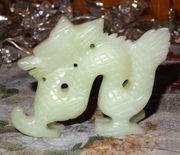 Antiker feinst handgearbeiteter Xiou-Yan-Jade Drache