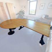 Schreibtisch mit Erweiterungsmodulen
