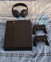 PlayStation 4 - Konsole Ultimate Player