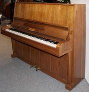 Klavier Philipps 128 Nußbaum satiniert