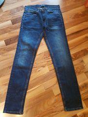 Herren - Jeanshose von Zara Größe
