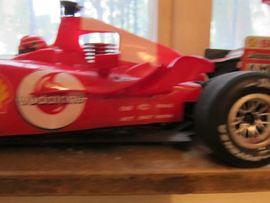 Bild 4 - ferngesteuertes Modell Formel 1 Ferrari - Heidenheim Innenstadt