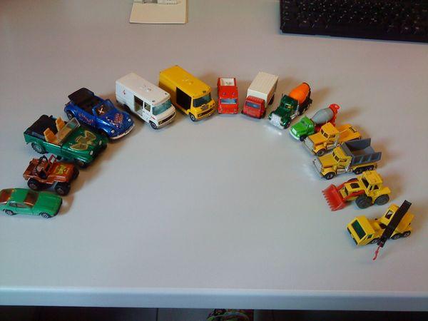 Autos verschiedene lt Abbildung