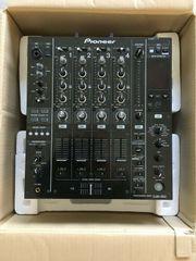 2x Pioneer CDJ - 850k 1x