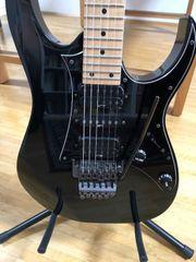 E-Gitarren-Komplettpaket Ibanez RG470 Koffer Line6