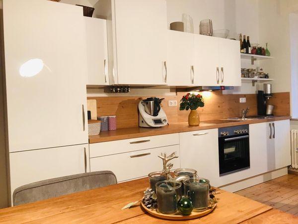 Neuwertige Kuche Weiss Hochglanz 2 Jahre Alt In Nurnberg