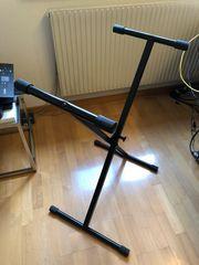 Ständer für Keyboard oder Sonstig