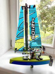 Lego Technik Catamaran 42105