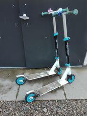 2 Kinder-Scooter Tretroller - fast geschenkt