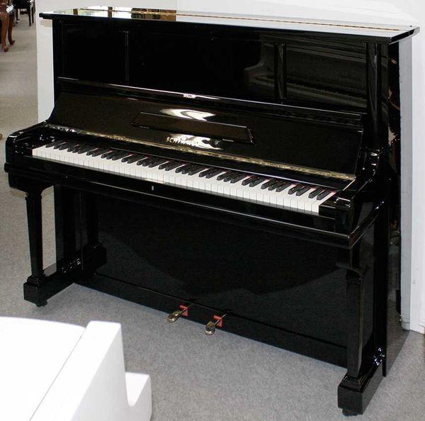 Klavier Schimmel 130 schwarz poliert