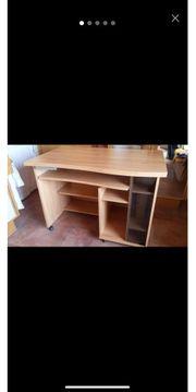 Schreibtisch für Jugendzimmer in sehr