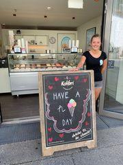 Shopleiterin für unsere Eisdiele Eisplatzl