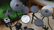 Roland Schlagzeug TD - 11 K -