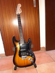 Fender Squier Affinity Stratocaster E-Gitarre