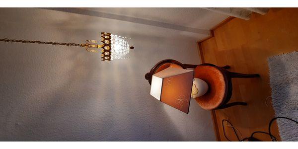 Schöne Nachttisch Lampe