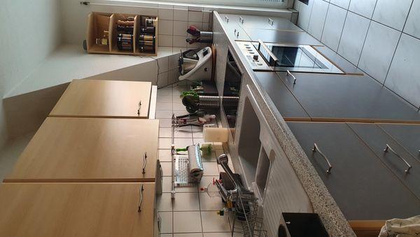 Küche von Nobilia inkl. Einbaugeräten, hochwertige Ausstattung