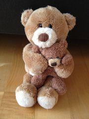 GUND Kleiner Teddy mit Baby