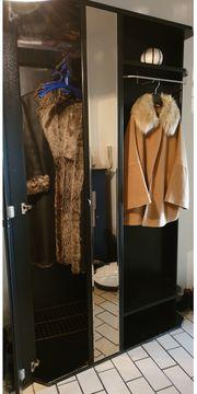 Garderobenschrank schwarz