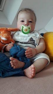 Rebornbaby Puppe Landon awake