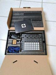Novation Circuit Groove Box mit