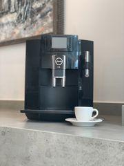Jura E80 Kaffeevollautomat sehr guter