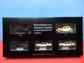 1//87 Wiking Mercedes Benz MB 350 SL Coupe dunkelblau SONDERPREIS 3,99 €