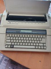Privileg Elektrische Schreibmaschine 2400