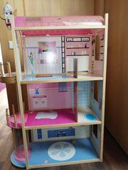 Barbiehaus aus Holz