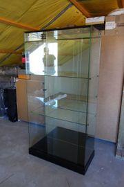 Große Ganzglas-Vitrine 6mm ESG