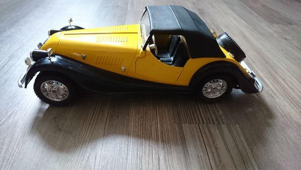 Morgan Plus 8 1 16