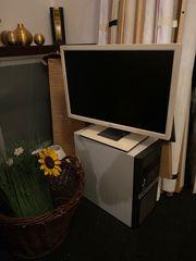Fujitsu Monitor mit Tastatur und