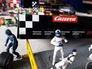 Rennbahn Carrera Go mit vielen