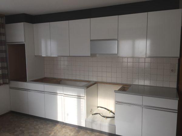 Hochwertige, weiße Küchenzeile exkl. Geräte in sehr gutem Zustand ... | {Hochwertige küchenzeilen 8}