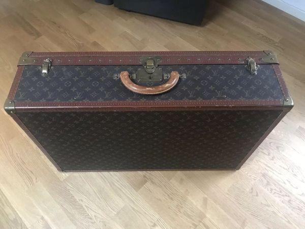 e30e89cd77750 Louis Vuitton Vintage Reisekoffer Alzer 80 mit Messingbeschlägen in ...