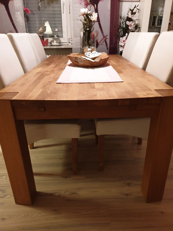 Komplette Tischgruppe