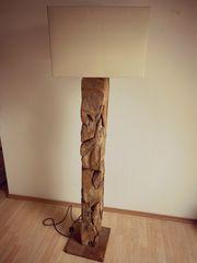 Designer Stehlampe aus Echtholz