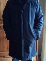 Schöner Mantel Gr 46 fällt