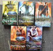 The Mortal Instruments 5bändige englische