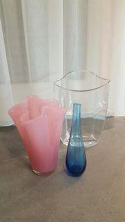 4 verschiedene Glasvasen Blumenvasen