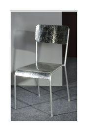 Stuhl aus Metall Farbe silber