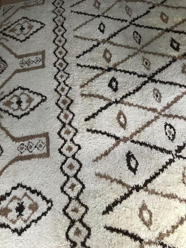 gebrauchte teppiche berlin amazing in berlin with. Black Bedroom Furniture Sets. Home Design Ideas