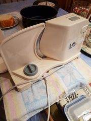 Brotschneidemaschine Kaffeemaschine