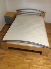 Schnäppchen Bett mit Matratze 140