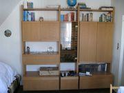 Schrankwand in Esche für Jugendzimmer