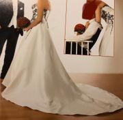 Brautkleid ivory mit Perlen Gr