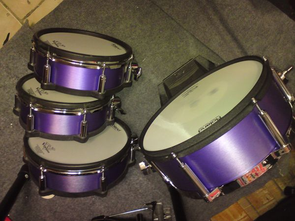 Roland E-Drumteile, 1x KD140 Kick , 2xPD105x, 1x 125x Pads