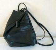 schöne schwarze Lederhandtasche auch als